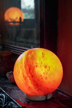 Himalayan Crystal Salt Lamp – Globe
